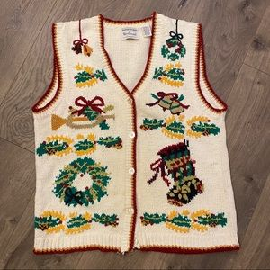 Vintage Christmas Hand Knit Vest Stockings Wreath